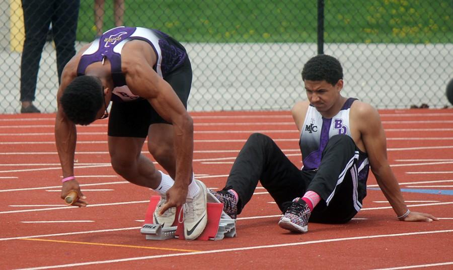 Giants dominate BD Relays