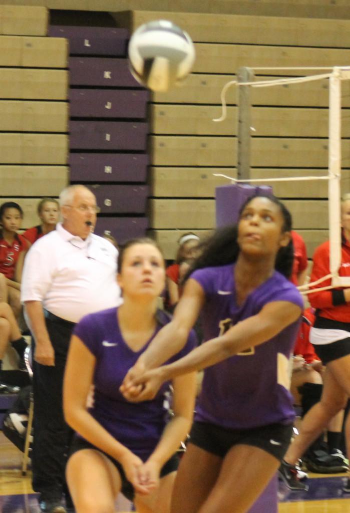 Junior Shavona Cuttino returns a volley against Terre Haute South.
