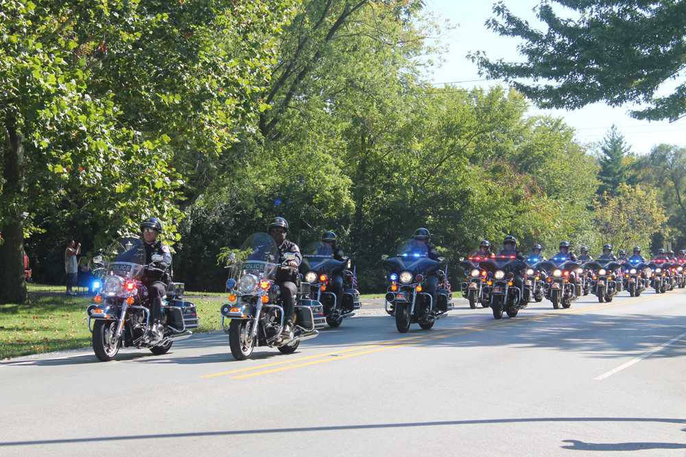Funeral+honors+IMPD+officer+Rod+Bradway
