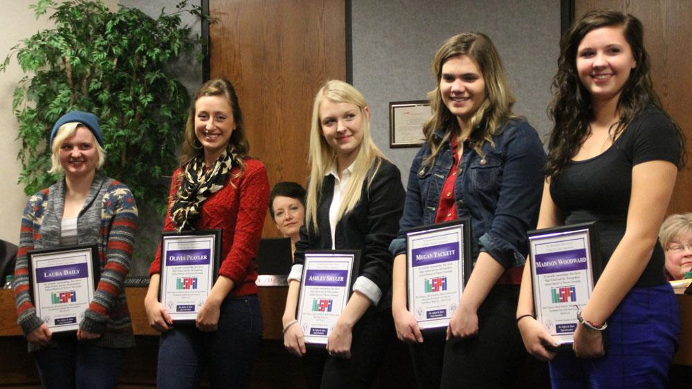 Journalism+students+were+honored+at+the+Nov.+25+school+board+meeting.+From+left+are+Laura+Daily%2C+Olivia+Peavler%2C+Ashley+Shuler%2C+Megan+Tackett+and+Madison+Woodward.+