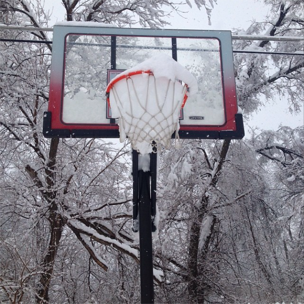 "@kingsimpson24: ""I don't think I'm going to be hooping today... #IndyStruggles."""