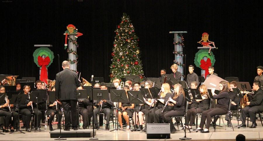 Gallery: Band, orchestra holiday concerts