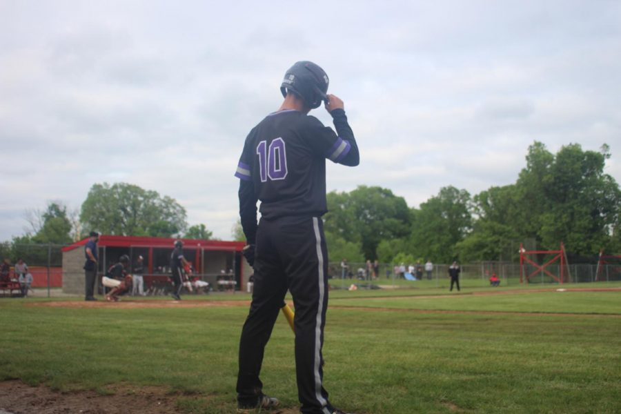 Baseball vs Ritter