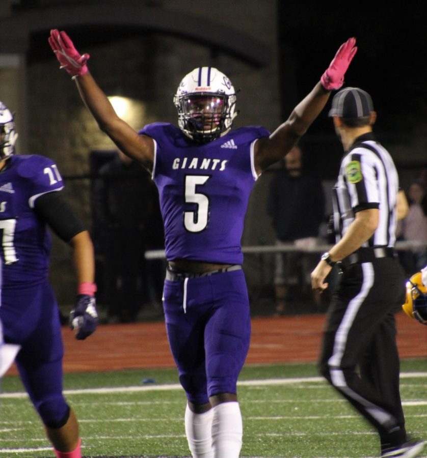 Homecoming: Ben Davis 27, Carmel 14