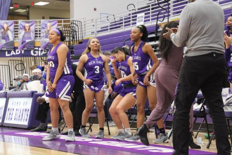 Lady Giants bow out in thriller